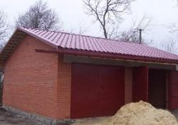 Современный гараж из кирпича